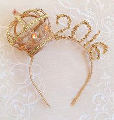 2016 New Year Crown