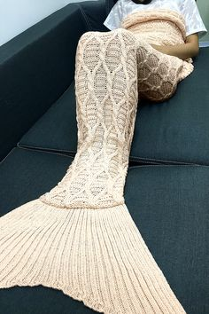 $22.57 Simple Style Solid Color Crochet Knitting Geometric Pattern Mermaid Tail Design Blanket