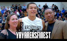 yayareasfinest:  Aaron Gordon and His Family on Senior...