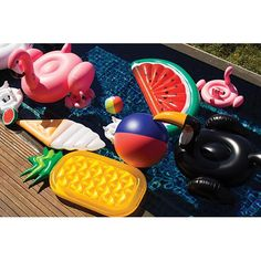 Sunnylife 'Really Big' Inflatable Watermelon Pool Float Watermelon Pool Float, Pineapple Pool Float, Summer Of Love, Summer Fun, Summer Time, Party Summer, Luau Party, Summer Things, Pool Floats