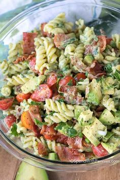 Avocado Pasta Salad is loaded with fresh juicy tomatoes, crisp bacon and creamy avocados. This pasta salad uses avocados in place of mayonnaise.