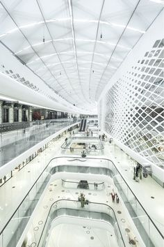 UNStudio have recently completed the facade and interior design of Hanjie Wanda Square in Wuhan, China. #architecture ☮k☮