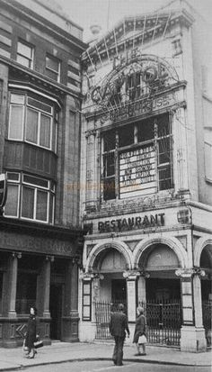 Old Dublin Cinemas – Local History Castleknock – History of Castleknock Dublin Street, Dublin City, Castles In Ireland, Ireland Homes, Old Pictures, Old Photos, City Roller, Images Of Ireland, Local History