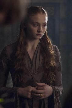 Game of Thrones - Season 4 Episode 8 Still. I like the pleating at the front.