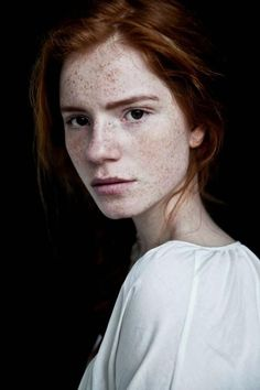 Portrait Photography Inspiration : View image: 421556 330809196954126 1358880297 n - Photography Magazine Portrait Inspiration, Character Inspiration, Pretty People, Beautiful People, 3 4 Face, Freckle Face, Face Reference, Beautiful Redhead, Ginger Hair