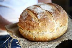 Szeretnétek egy jól működő, bevált kenyérreceptet? Hát persze, hogy igen, úgyhogy katt a cikkehez!