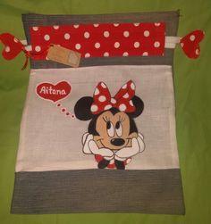 Bolsa de desayuno pintada a mano y coneccionada con telas reutilizadas. En www.cosasdecasaazul.blogspot.com