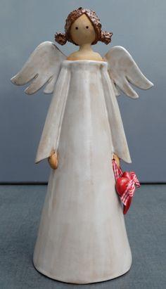 MO Keramik: Originelle Keramik - kreativ und einzigartig. - Weihnachten Christmas Clay, Christmas Items, Christmas Angels, Clay Angel, Pottery Angels, Ceramic Angels, Angel Crafts, Pottery Classes, How To Make Paint
