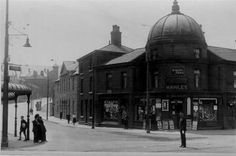 Glossop - Victoria Street from High Street West Domesday Book, South Yorkshire, Sea Level, Derbyshire, Vintage Photos, Abandoned, England, Building, Monochrome