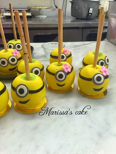 Minion birthday candy apples. Visit us Facebook.com/marissa'scake or www.marissascake.com