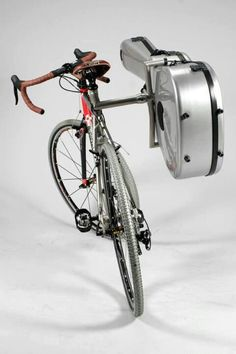 Reste à trouver un vélo de femme .....