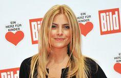 Sophia Thomalla würde gerne einen Callboy engagieren.Seit 2011 ist die schöne Blondine eigentlich glücklich mit 'Rammstein'-Star Till Lindemann zus...