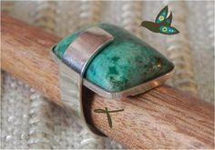 Anel em prata com pedra natural de turquesa