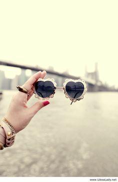 Down under Manhattan bridge 3 Heart Shaped Glasses, Manhattan Bridge,  Sunglass Frames, Ray 82f7697559