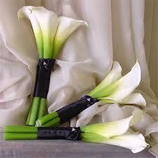 white calla lily bridesmaid bouquet