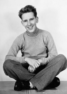 Burgess Meredith (here in 1934) American actor (best known from his role as 'The Penguin in the Batman- series and movie).