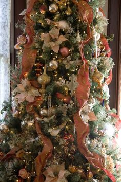 victorian christmas tree | Living room tree | Victorian Christmas