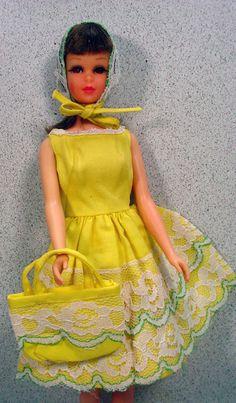 Mattel 1966 Brunette Bend Leg Francie in Fresh As A Daisy