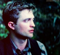 InRobWeLust: Jacob Jankowski…lookin' for a new life… Water For Elephants, Christoph Waltz, Robert Pattinson And Kristen, Gif Of The Day, Most Handsome Men, Reese Witherspoon, Man Alive, Kristen Stewart
