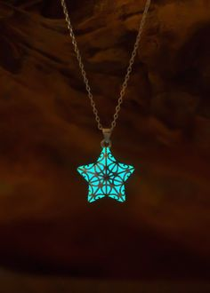 Small Glowing Star Necklace - Birthday Gift - Girlfriend Gift - Jewelry - Best Friend Gift - Teen Gift - Kids Gift - Stars Glow in the Dark