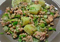 Salad Recipes, Healthy Recipes, Lunch To Go, Happy Foods, Food Decoration, Salad Bar, Greek Recipes, Healthy Nutrition, Seafood Recipes