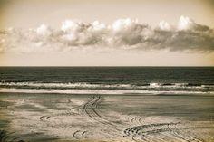 #clouds #sea #beach #terschelling #vscofilm #vsco #vscogrid #albumen #igersholland #contemporaryphotography #instadaily #naturephotography #calmversation #oftheafternoon #contemporary #cloudporn #mooinederland #super_holland #Loves_Netherlands #vscomafia #dutch_connextion #igfriends_valledaosta #wanderlust #vscocam #cloudlovers #holland_photolovers #landscapes #landscapephotography