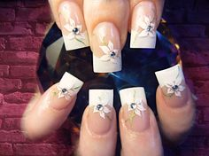 French Flowers - Nail Art Gallery by NAILS Magazine