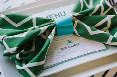 Spice up your menu with #Emerald accents.  Whether it's a wedding or a dinner party, the #ColoroftheYear will add style and sophistication to your table decor.