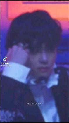 Bts Jimin, Bts Aegyo, Taehyung Abs, Kim Taehyung Funny, V Video, Foto E Video, J Hope Gif, Bts Predebut, Taehyung Photoshoot