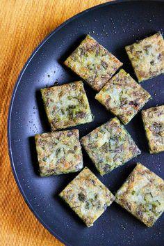 Pan-Fried Chive Cakes (ขนมกุยช่ายแบบสี่เหลี่ยม)