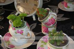 centro de mesa tazas té