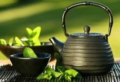 Drinking a cup of green tea daily can help boost your immunity and help with anti-aging! #healthy #greentea