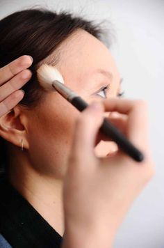 How to contour your face in five minutes contours face and hair how to contour your face in five minutes ccuart Gallery