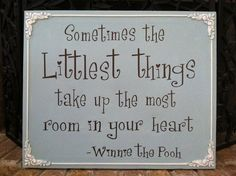 Winnie the Pooh sign. Could make a craft out of this for my little 2 year olds.