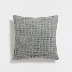 GREEN WAFFLE-EFFECT CUSHION COVER