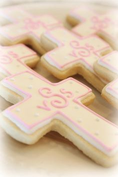 baptism cookies or maybe first communion? Baby Baptism, Baptism Party, Baptism Ideas, Baptism Favors, Cross Cookies, Cut Out Cookies, Easter Cookies, Cupcake Cookies, Cupcakes