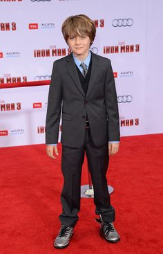 Ty Simpkins - Iron Man 3 please follow me,thank you i will refollow you later