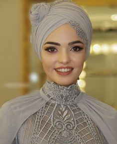 Are you searching for a Bridal hijab? Muslim Elegance have the best Bridal & Party Hijabs Ready to wear - Custom made Ot Hijab Styles For Party, Wedding Hijab Styles, Hijabs, Turban Tutorial, Bridal Hijab, Hijab Bride, Turban Hijab, Turban Style, Mode Hijab