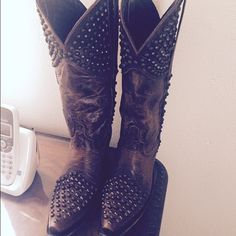 Ladies Cowboy boots Studded point toe Lane Shoes