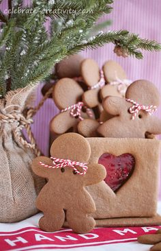 Make a gingerbread box filled with goodies, cookies or mints this holiday season. 25 Days Of Christmas, Cottage Christmas, Merry Christmas Everyone, Christmas Tea, Country Christmas, Christmas Colors, Christmas Cookies, Christmas Decorations, Make A Gingerbread House