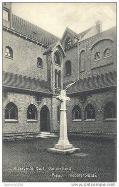PAYS BAS - BRABANT SEPTENTRIONAL - NOORD BRABANT - OOSTERHOUT - Abbaye Saint Paul - Préau