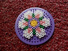 Circle hama Beads, Perler Bead, Coaster, posavasos, flower, flor