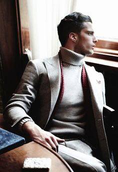 Looking Cool But Sophisticated At Work In A Fitted Turtleneck Sweater (2)