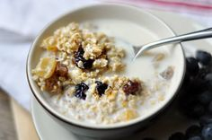 No-Cook Steel-Cut Oats: In a bowl mix 1 cup of toasted steel-cut oats, 2 cups milk, dollop of honey, bit of cinnamon & ginger. Refrigerate the oats overnight.