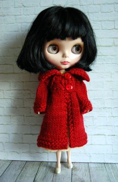 This listing is for a lovely, cozy woolen winter coat for your Blythe doll. This warm and incredibly soft coat has been knit with a lovely hand dyed
