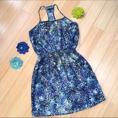 """GAP spring summer dress. XS, S Really cute satin-y feeling spring/summer dress by GAP. Sz XS, but I feel it could also fit a regular small. Length is 35"""". GAP Dresses Mini"""