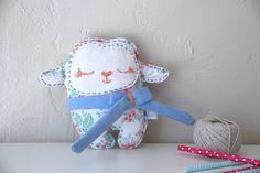 Doudou Bidiboo -Bébé Moutoon Jolies Roses- doudou/peluche pour bébé, tissu recyclé, personnalisable