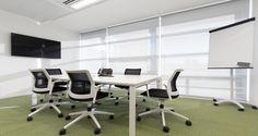 Sala de reuniões nos escritórios da Unit4 em Lisboa, Portugal