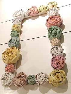 Newspaper rose wreath/frame