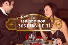 """""""Brindo por 365 días de ti"""". www.latinomeetup.com - La comunidad líder en contactos latinos. #amor #love #pareja #couple #frases #frasesconimagen #Newyear #NocheVieja #AñoNuevo #brindis #toast #cheers"""